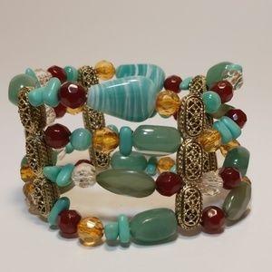 Jewelry - Multi-colored beaded bracelet stretchy